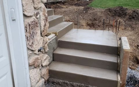 Two Level Stairs - Pic 2